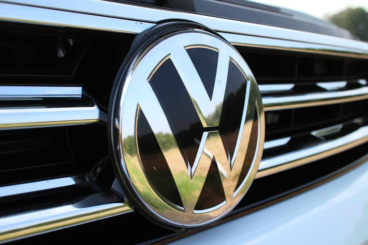 VW badge grill