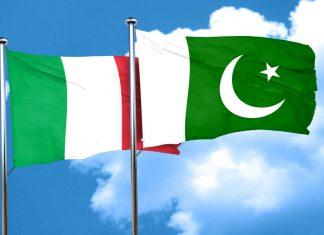Italy Pakistan Flags