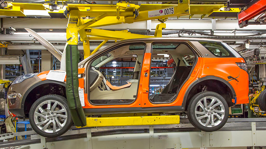Land Rover Discovery Assembly Line