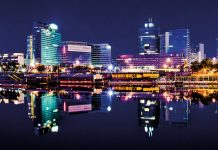 Vienna CBD, Danube by night
