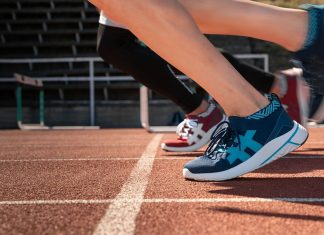 Rens crowdfunded, climate-neutral sneakers
