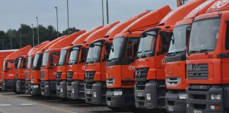 TNT Solo Lorry Units